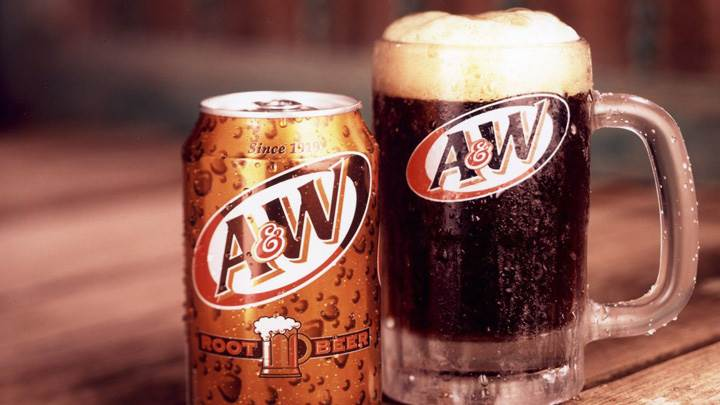 A And W Root Beer Can And Mug